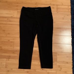 Tell Gear Black Workout Capri Legging Sz M